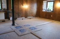 Pose de parquet massif en chêne, Woodline Anthony Hablot, incrustation de carreaux de ciment, parquet rustique, rénovation intérieure